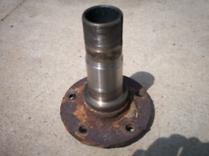 5 BOLT SPINDLE for F150 4x4, Bronco fits DANA 44