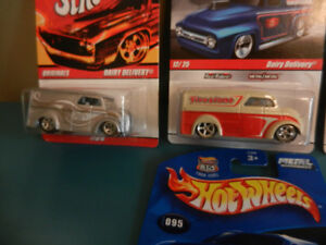 Hot Wheels Dairy Delivery 6 Garage,Since 68 Etc. Real Riders Lot