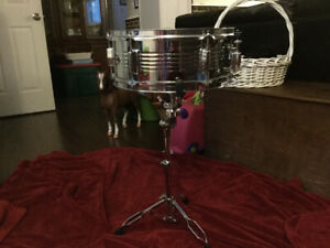 Dixon Spark steel snare drum and stand