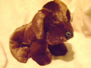 RETIRED AND HARD TO FIND WEBKINZ CHOCOLATE LAB HM138 *ORILLIA*