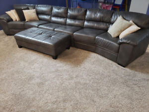3pc Custom Made Leather Sectional w/Ottoman