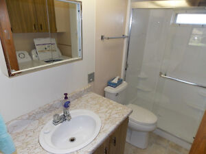 Lake View 2 Bedroom Mobile in Most Desirable Park! Williams Lake Cariboo Area image 9