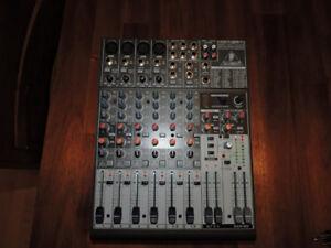 Mixer Behringer XENYX 1204FX