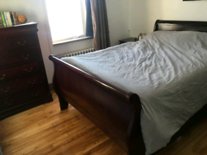 Queen Sleigh Bed Kijiji In Ontario Buy Sell Amp Save With Canada S 1 Local Classifieds