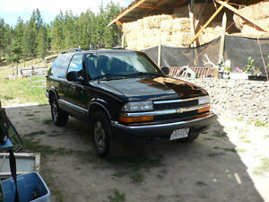1998 Chevy Blazer $4000 or Swap for 3/4 or 1-ton Pick-up Truck