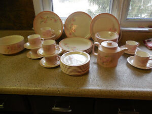 Vintage Beige Pink Spring Flower Set Dishes 41 Pc.Hornsea