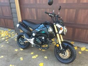 Grom for sale - like new!
