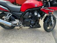 2003 - YAMAHA FZS 600 FAZER - RED - ONLY 3 PRIOR KEEPERS - 27K MILES