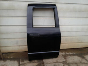 2005 Dodge Ram doors, driver side fender and mirrors