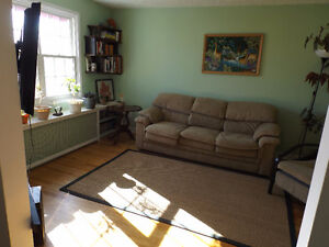 Beautiful 2 bedroom house close to downtown Halifax