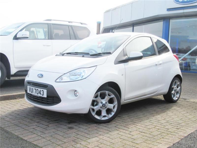 2016 ford ka 3 door zetec 1 2 69ps 5 speed looks great in white with a in. Black Bedroom Furniture Sets. Home Design Ideas