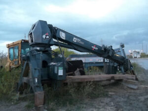 47' Pitman boom Crane with derrick digger - 15' service body