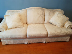 2 piece love seat and couch