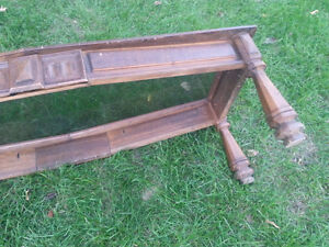 Solid wood and glass coffee table. Sturdy. Kitchener / Waterloo Kitchener Area image 5