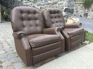 2 Chaises Inclinables Gratuit / 2 Free Recliner Chairs