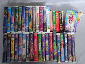44 films VHS en français pour petits et grands enfants