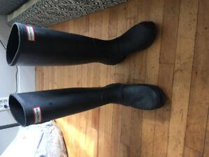 Black Womens Hunter Boots (size 9)