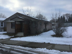 Three bedroom home in Bashaw available March 1st