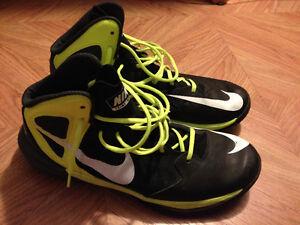 Nike Basketball Shoes Size 11.5