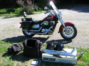 2002 Vulcan 800 Classic with lots of extras, storage available Kingston Kingston Area image 2