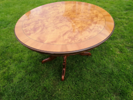 Round table (No Chairs)