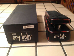 Slash signature cry baby SC95