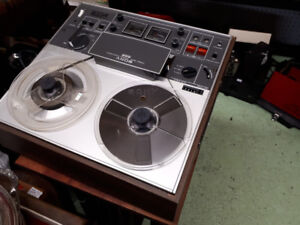 Sony Reel to Reel With Mic-for musician/Recording/Collector etc.