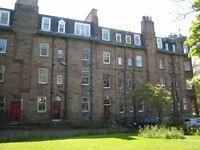1 bedroom flat in Roseburn Terrace, Murrayfield, Edinburgh, EH12 6AN