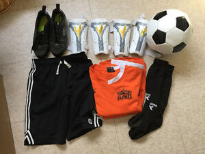 Kids Soccer bundle $30 OBO  - Just In Time for Spring!!