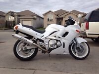 1994 Kawasaki ninja ZX6E very clean!