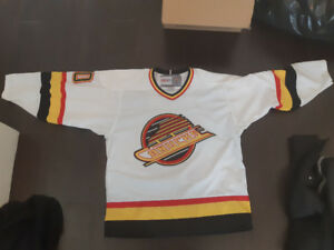 Canucks 1994 Vintage Jersey - White - Pavel Bure #10
