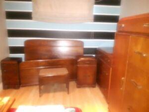 set de chambre antique 1956