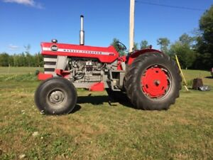 Massey Ferguson Model 1100 tractor with loader