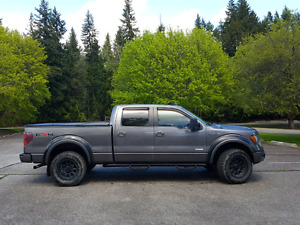 Ford F150- like New
