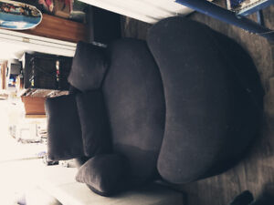 CUDDLE CHAIR -BLACK LINEN LIKE FABRIC