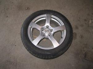 "4 Mags ""Fast"" 16 po 5 x 110 avec pneu d'hiver 205/55/R16"