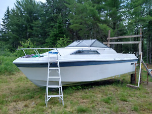30foot cabin cruiser with boat trailor