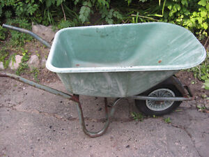 WHEEL BARROW  plastic ( flat tire )