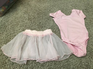 Girls size 3/4 pink dance body suit/skirt