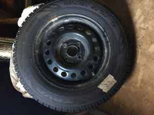 4 Toyo Observe GSI-5 Tires on steel rims 185/70R14