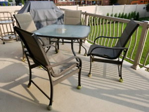 Patio Set Table and 4 Chairs