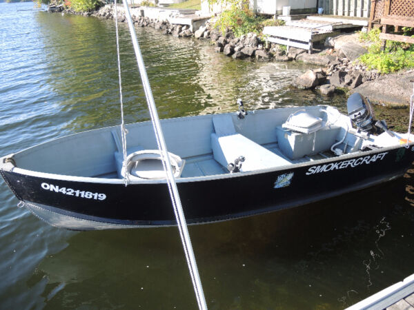 Used 2011 Smoker Craft Inc Voyager