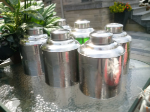 Jumbo stainless steel tea can for storage