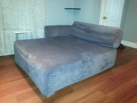 Double Chaise Lounge! Perfect Condition!!
