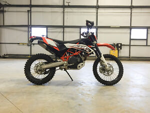 *Price Reduce* 2009 KTM Enduro 690 With 2 Sets of Tires