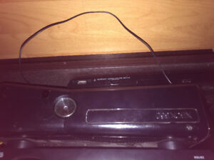 Xbox 360 with kinetch and 7 games