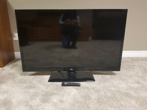 "47"" LG LED 120Hz Television.  Great Condition!"