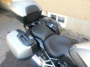 2016 BMW R1200RS Russell style seat