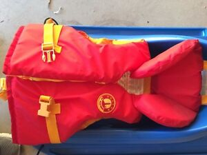 Beacon by Mustang Lifejacket