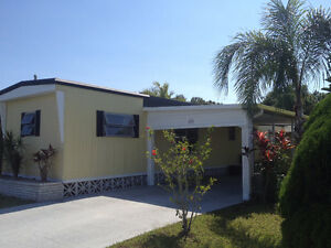 Clean Mobile Home With Pool Access in 55+ Park- Palmetto, FL